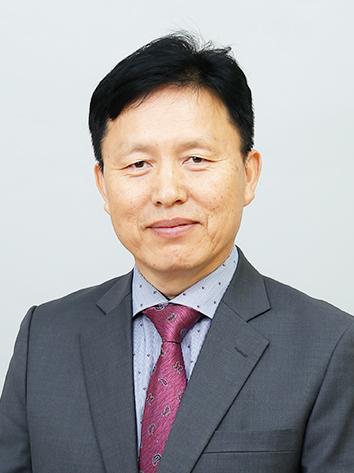 김홍철.jpg